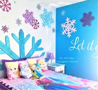 The Queen size bed sleeps 2. Toys, books, and dress-up for make-believe play!