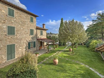 Photo for Apartment Etrusca in Cortona - 2 persons, 1 bedrooms