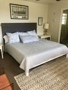 Twin Eagles Studio - private cozy space for two just one mile from Nevada City