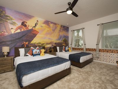 Photo for Bella Vida Resorts 9 themed bd/private pool near Disney