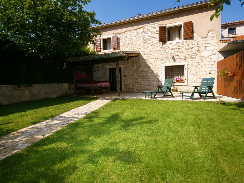 Haus mit garten und pool  Villa Ladonja: Private and romantic pool Villa, quiet and peaceful ...