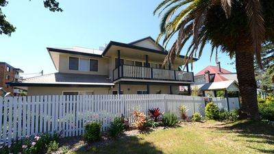 Photo for Tokelau Townhouse 1 - Central Tuncurry Location!