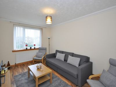 Photo for Apartment in the center of Wishaw with Internet, Washing machine (699157)