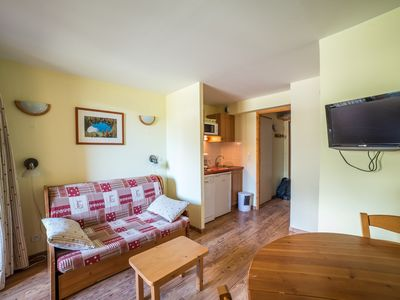Photo for Apartment with Access to 125km of Slopes and 25km of Nordic Skiing!!