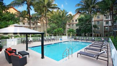 Photo for Cozy Equipped Suite   Convenient Location, Free Breakfast + Pool Access!