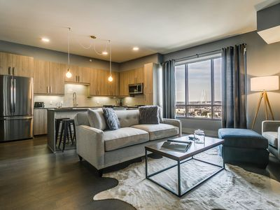 Photo for Awesome 1BR/1BA in Uptown Dallas