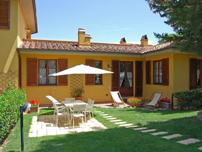 Photo for Chianti Classico Siena Florence Apartment garden and swimming pool in a natural park