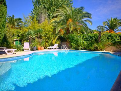 Photo for La Grande Motte villa not overlooked with swimming pool