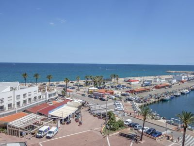Photo for Saint-Cyprien-Plage Apartment, Sleeps 4 with Air Con and WiFi