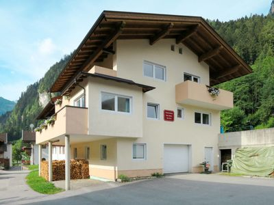 Photo for Apartment Haus Holaus (MHO150) in Mayrhofen - 6 persons, 3 bedrooms