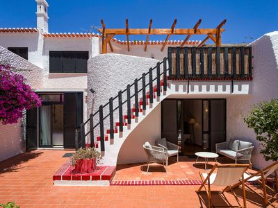 Photo for Traditional Family Villa 100m from the beach