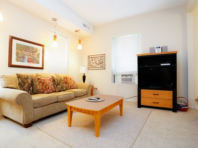 Photo for 1BR Apartment Vacation Rental in Chicago, Illinois