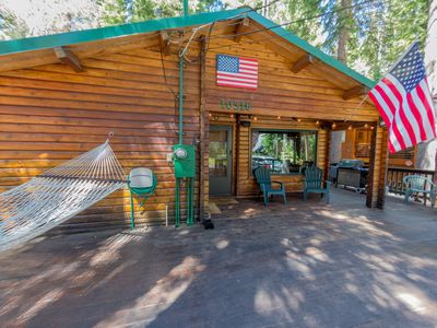 Photo for 2 bdrm, 1 bath, sleeps 6, West End of Donner Lake: DLR#066