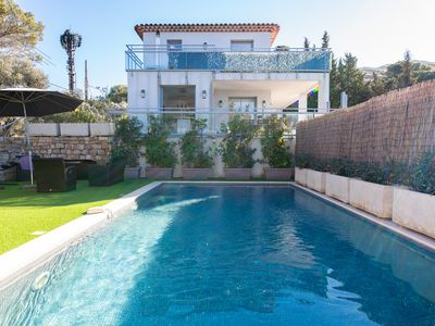 Photo for Beautiful villa with sea view pool
