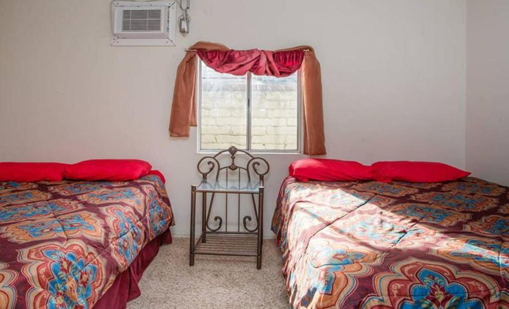 Private Guest House: N. Hollywood/ Universal | Room rental, roommate ...