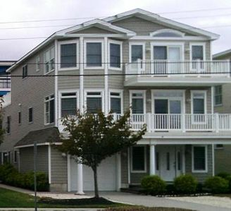 Photo for Beach Block, Open floor plan, Great for large famliy, large decks!  Pristine!!!