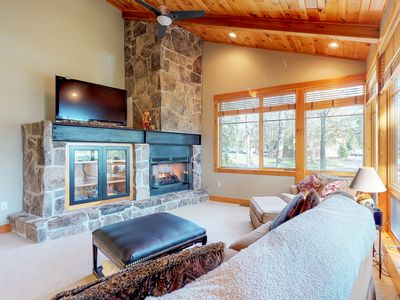 Photo for NEW LISTING! Ski-in/out log condo w/ hot tub, deck & fireplace-walk to ASCI