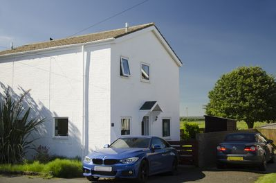 Beadnell Cottage with off road parking