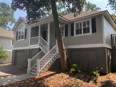 Updated 3 BR/2 BA Pet Friendly Home! Golf Views! Access to all Amenities!