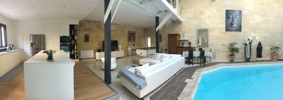 Photo for Charming house / loft with indoor pool in the heart of Bordeaux + parking ..