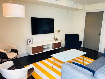 Photo for Stylish 1 Bedroom Loft in Cloverdale Entertainment District