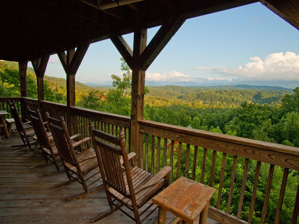 Beautiful View 3 Bdrm/3 Bath/2 Hot Tubs... - HomeAway Sevierville