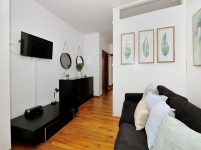Furnished & Cozy 2BR Apartment