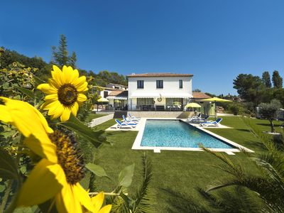 Photo for Villa with pool for demanding connoisseurs