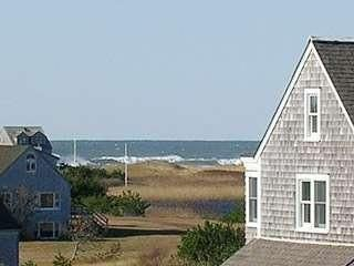 Photo for Soak in Sunsets and Ocean Air in this Cisco Beach House minutes from the Brewery