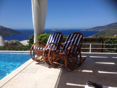 Photo for Apartment With Shared Pool And Sea Views//SPECIAL RATES JULY 25 - AUG 5