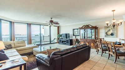 Gorgeous 3 BR 5th Floor Condo! Pet Friendly!!