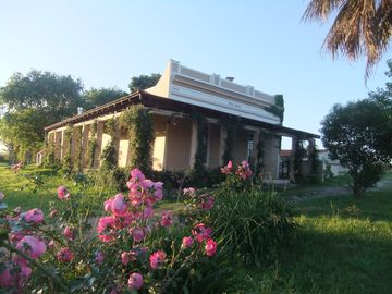 HERITAGE FARMHOUSE IN CLOSE VICINITY TO THE CAPITAL MONTEVIDEO AND THE BEACHES