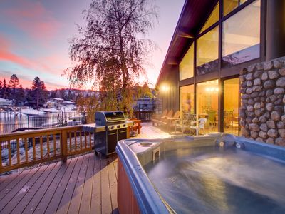 Photo for Lakefront retreat with private hot tub, shared pool & other amenities