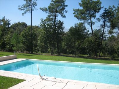 Photo for House with large pool, on the edge of the forest, quiet, 5 minutes from Perigueux