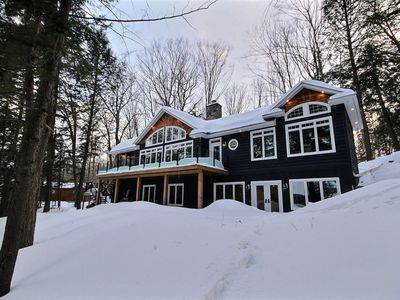 Photo for Stunning Executive Cottage on Bruce Lake betweeon Rosseau and Joe!