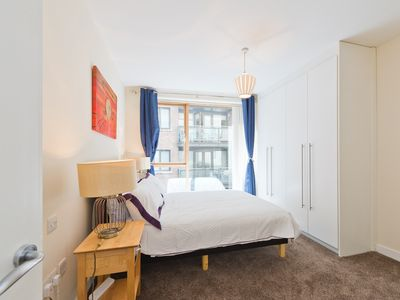 Photo for 2Bed/2 B City Centre Sleeps 6