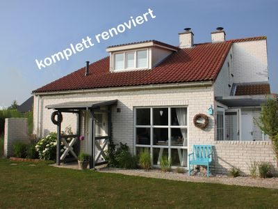 Photo for Texel Top holiday house, 6 pers, 2 bathrooms, 2 WCs - swimming pool inclusive