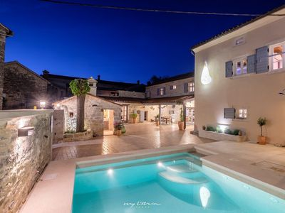 Photo for Artistic villa with private pool in Central Istria