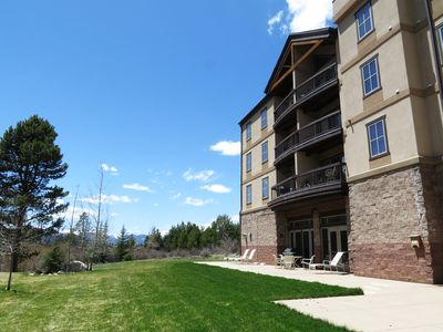 Photo for Walk/Shuttle to Keystone Activities, Dining, Shops. Pool, Garage, Elevator