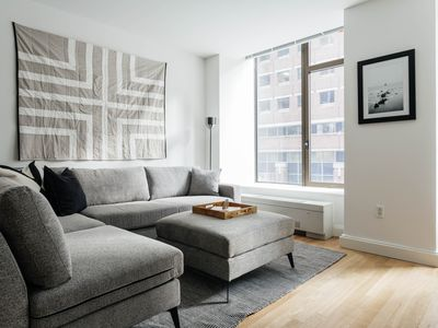 Photo for Classic 1BR in FiDi by Sonder
