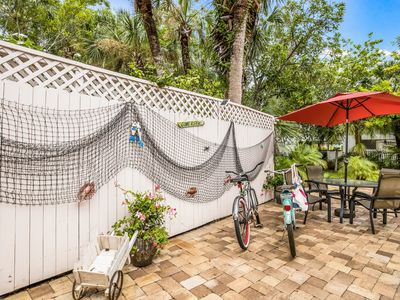 Photo for Location 1 Bdrm Cottage  1 Block from Beach and 2 Blocks from Siesta Village