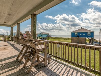 Photo for Second-row beach house w/ furnished deck, grill & Gulf view - 2 dogs OK!