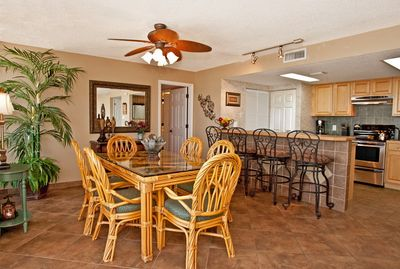 Beautiful Dining Area and Kitchen