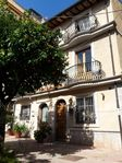 Great apartment and so close to everything in Taormina.