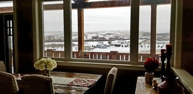 Photo for Stunning Missouri River view, 5-star comfort, 10 min from Great Falls
