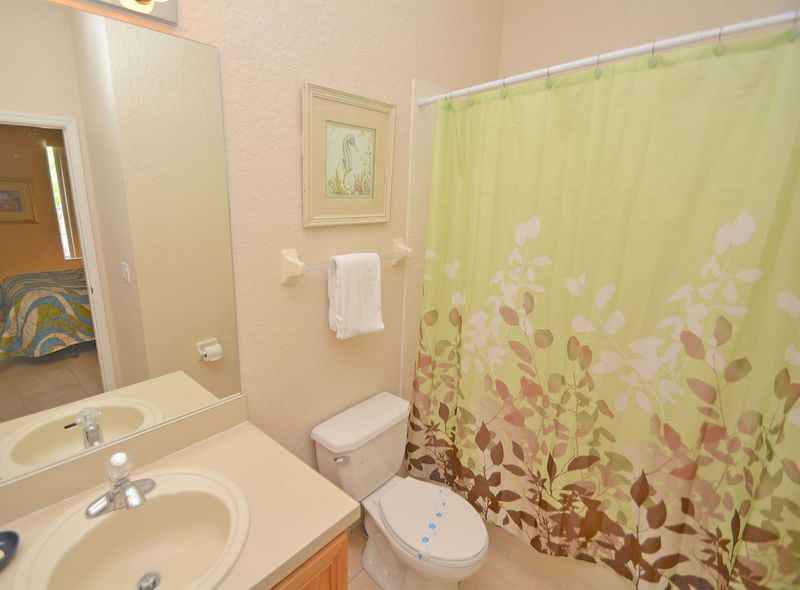 Townhome: 4 Bed, 3.5 Bath on Resort. Pool, Fitness Center, Water Slide, Tennis