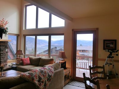 Photo for Gorgeous Pet-Friendly Wildernest Unit, Amazing Views, Easy Ski and Trail Access