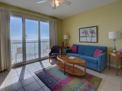 Photo for Gulf-front condo, Beach set-up included, On-site pool and hot tub, On the beach