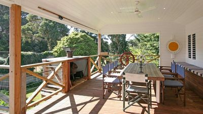 Photo for Parkview Cottage - Walk to Portsea beach & village or enjoy BBQ's on the deck