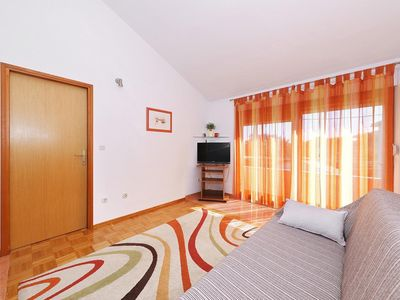 Photo for One bedroom apartment with air-conditioning Božava, Dugi otok (A-11896-a)